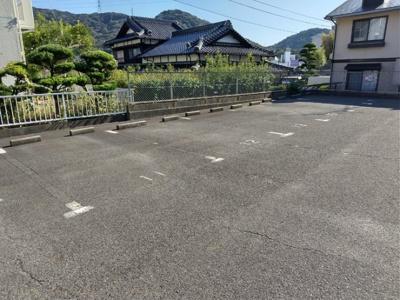 【駐車場】ルーラルやすなり