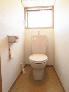 ■2階 トイレ ※リフォーム前 <草加市花栗4丁目 中古戸建>