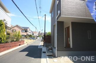 同等仕様設備外観 周辺の住宅環境はいいですよ ぜひご見学くださいね