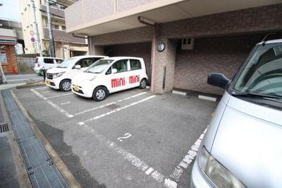 【駐車場】サンピリア小阪