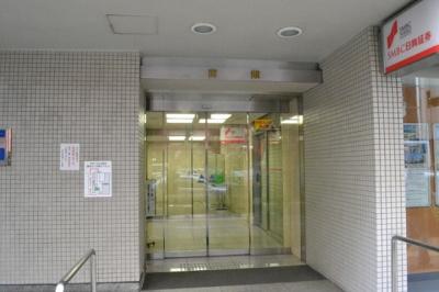 【玄関】堺東駅前ビル 6階! 約20坪テナント