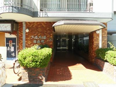 天神橋筋商店街までも徒歩すぐです。飲食店や買物には困りません。