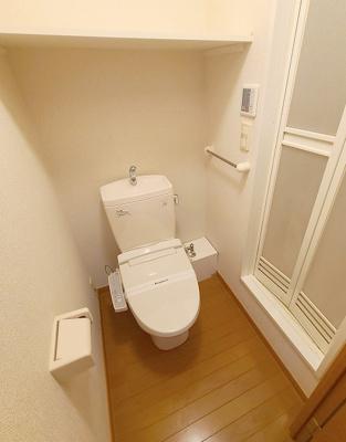 クローゼット付きです 1階はフローリング、2階以上はカーペットタイプとなります。