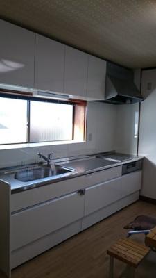 【キッチン】鳥取市秋里中古戸建て 二世帯向け