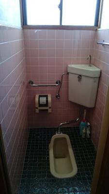 【トイレ】鳥取市秋里中古戸建て 二世帯向け