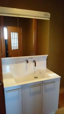 お手洗い用の洗面台もあります