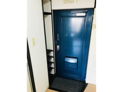シンプルで使いやすい玄関です ※仕様が異なる場合は現地を優先します。
