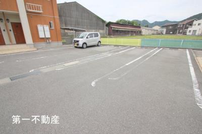 【駐車場】プロムナードB