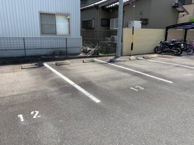 【駐車場】マンション石原