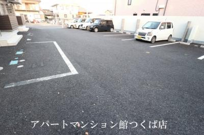 【駐車場】ドレッセ桜