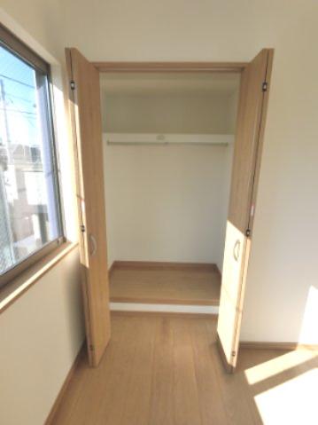 各部屋に収納がついているのもポイントです。 荷物が多い方でも安心です。 ※参考画像になります。