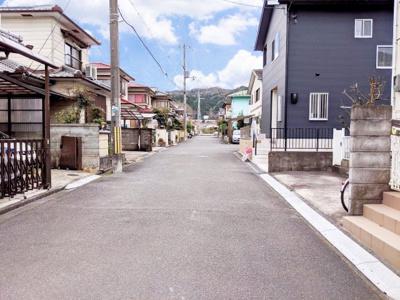 【前面道路含む現地写真】リーブルガーデン亀岡市篠町篠向谷