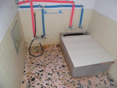【浴室】北秋田市鷹巣字平崎上岱・中古住宅