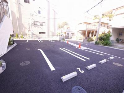 【駐車場】フレ・アジュール山手