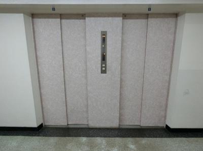 【現地写真】エレベーター2機ございます♪