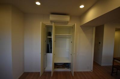 各部屋 収納 エアコン完備です。