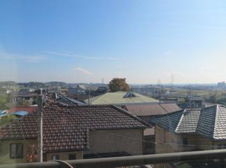 2階からの眺望です。高台の為遠くまで見渡せます。