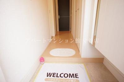 【玄関】ベル・アジュールB