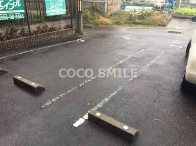駐車場完備です 【COCO SMILE】