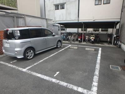 【駐車場】イナガーデン