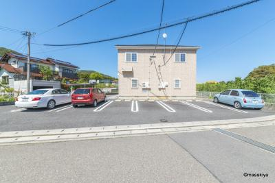 駐車場 2台目あります。
