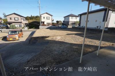 【駐車場】稲敷市犬塚戸建
