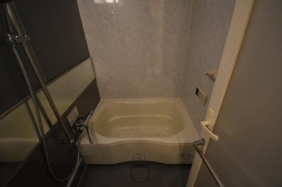 追い炊き浴室乾燥ついてます。