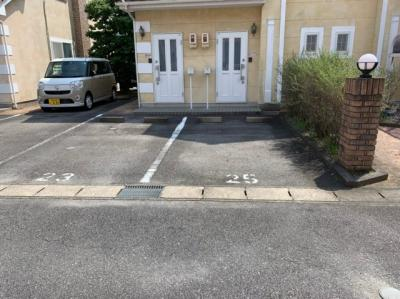 【駐車場】ラーラY・S