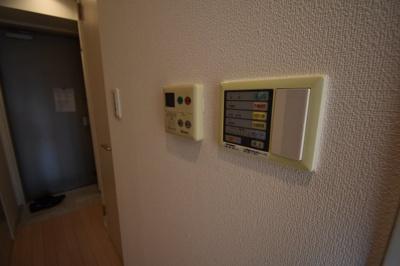 【設備】天井高いお部屋 2面採光 HF南麻布レジデンス