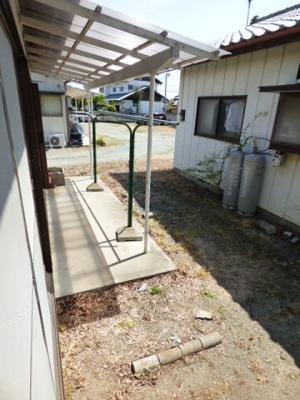 【庭】大利根町貸住宅