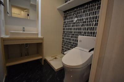トイレもお洒落な空間です。