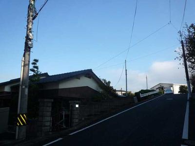 前面道路含む外観