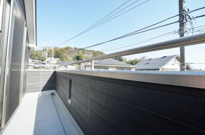 【バルコニー】保土ヶ谷区今井町全3棟 未入居戸建て