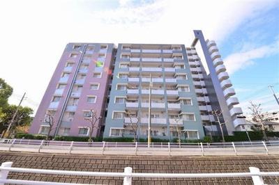 JR摂津本山駅より徒歩3分 阪急岡本駅より徒歩10分 買物施設も徒歩3分にあり、生活環境の整ったエリアです♪