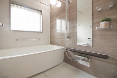 【浴室】ルネ白鷺