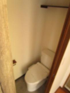 【トイレ】APT新城