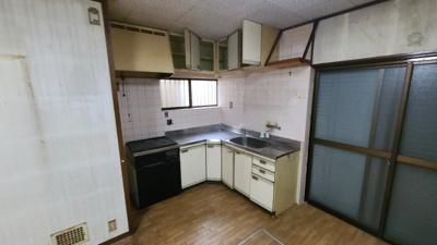 【キッチン】神戸市兵庫区熊野町3丁目 中古戸建