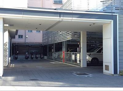 【駐車場】ウェリス万代東