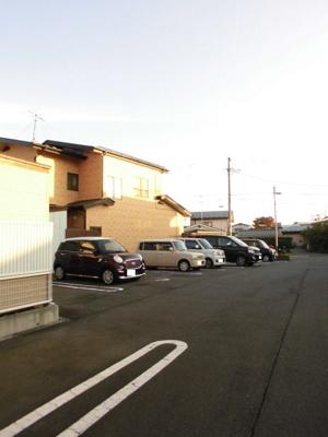 【駐車場】カーサボニータⅢ