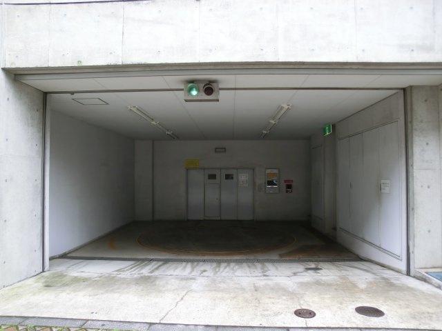 宇野ビル駐車場 横須賀市小川町13