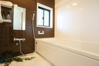 【浴室】交野市星田5丁目中古戸建