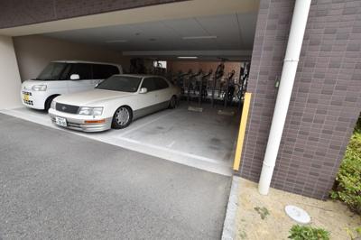 【駐車場】エステムコートナンバサウスプレイスファイブエレージュ