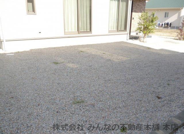 【駐車場】鳥栖小学校校区 無垢材使用した新築戸建