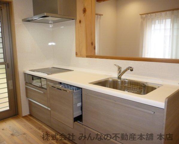 【キッチン】基里小学校徒歩2分 本物の木の家