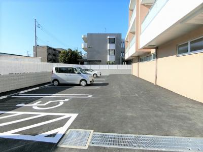 【駐車場】Notre Maison