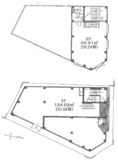 建物2階には、広い中庭屋上も隣接されており開放できです。