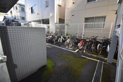 自転車置き場完備です