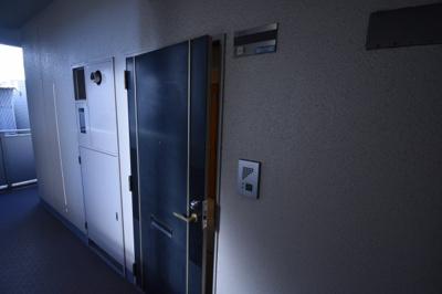 お部屋は2階のお部屋です。