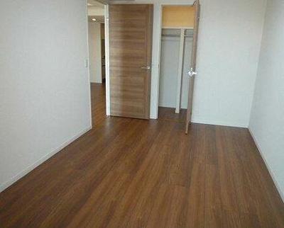 【寝室】リュークスウエスト7階