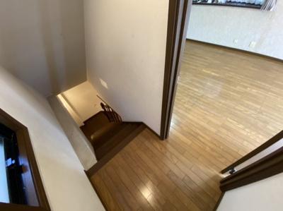 ■階段もしっかりしていますよ■